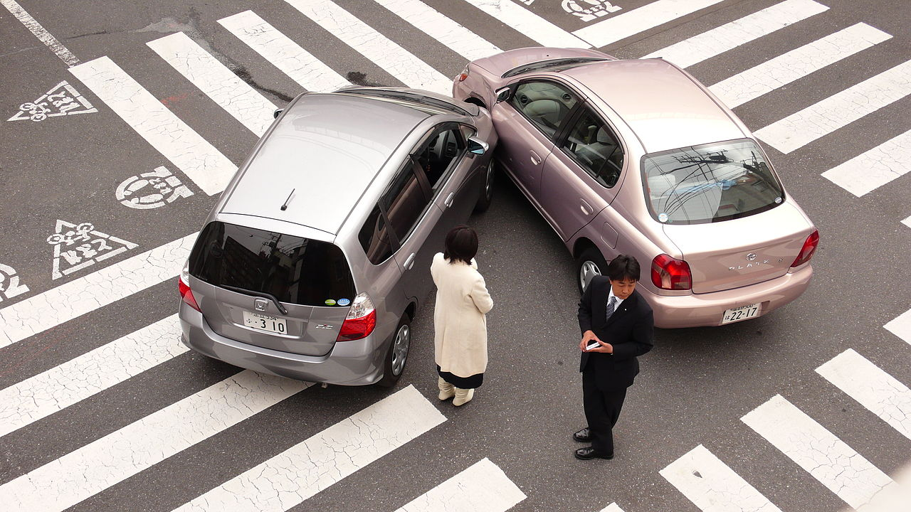 1280px-japanese_car_accident.jpg