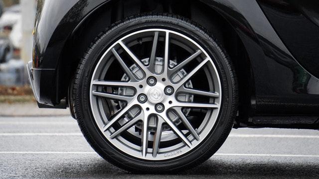 automobile-automotive-car-244553.jpg