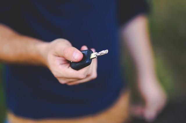 blur-car-key-close-up-6097.jpg