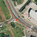 Járdaszigethez csapta autóját a streetracer