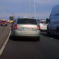 Kötöttpályás autóvezetés oktatás