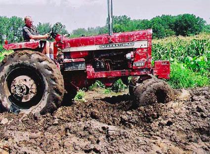 saros-traktor.jpg