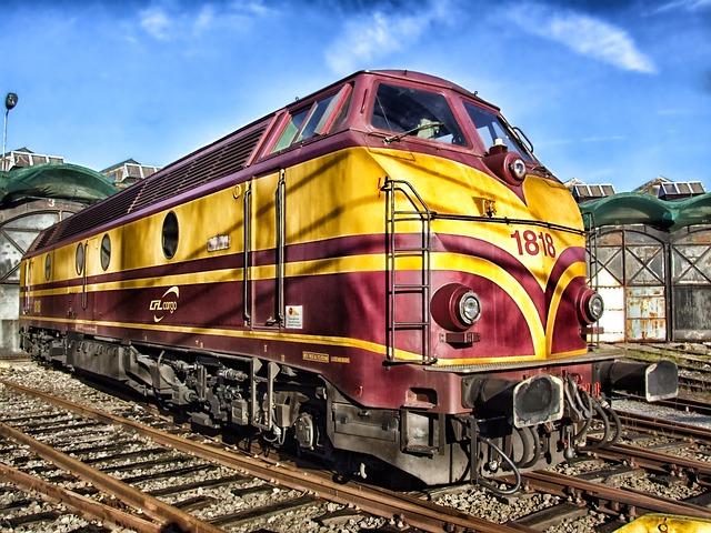 train-143847_640.jpg
