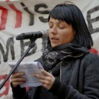 Bende Anna beszéde az Alkotmány utcában