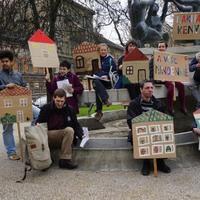 Üldözés helyett otthonokat! Tizenöt szervezet csatlakozott A Város Mindenkié nyílt leveléhez