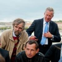 Rendhagyó köztéri vitafórum a hajléktalanságról a Képviselői Irodaház előtt
