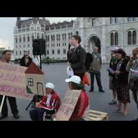 The housing movement in Hungary