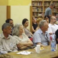Kísérleti nyúlnak érzik magukat a rászorulók a KENYSZI miatt - Beszámoló az AVM fórumáról