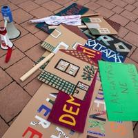 Estamos pidiendo a Papa Francisco para defender a las personas sin hogar en Hungría