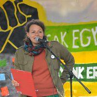 Ha a szolidaritás lázadás, lázadjunk mind! - Kovács Vera beszéde a Lakásmeneten