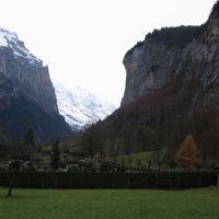 A 72 vízesés völgye (Lauterbrunnen)