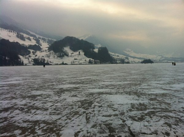 Jég6-Lauerzersee Schwyz kantonban.jpg
