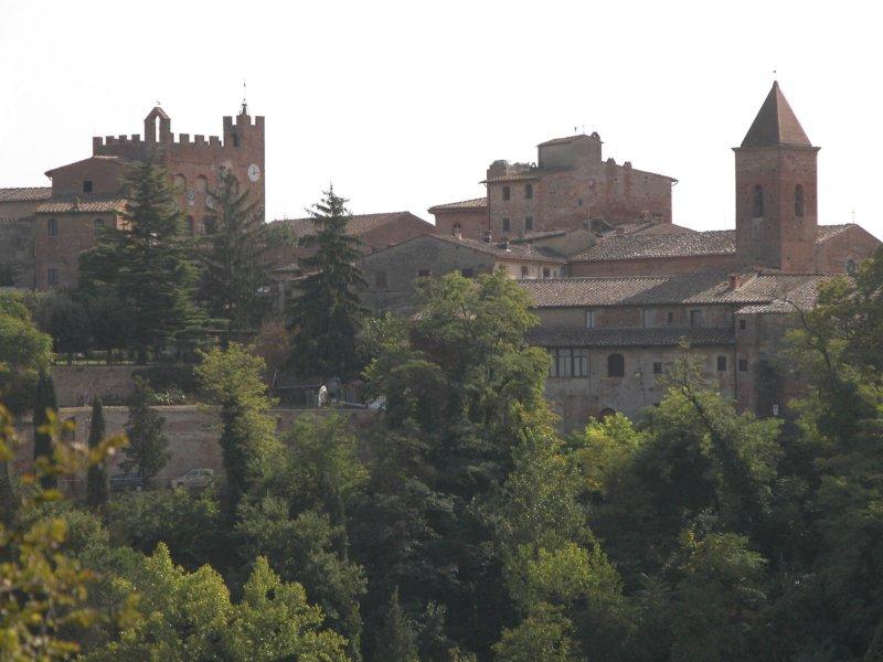 VF in Valdelsa_051007_Img014a_part del panorama su Certaldo Alto dal Poggio Boccaccio_med.jpg