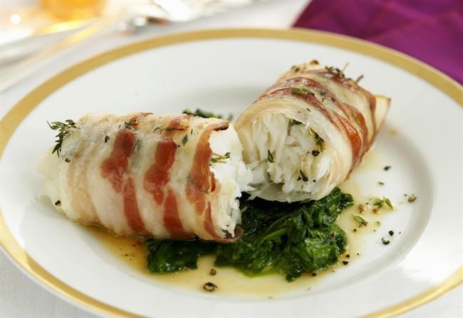 Involtini-di-pesce-e-pancetta_650x447.jpg