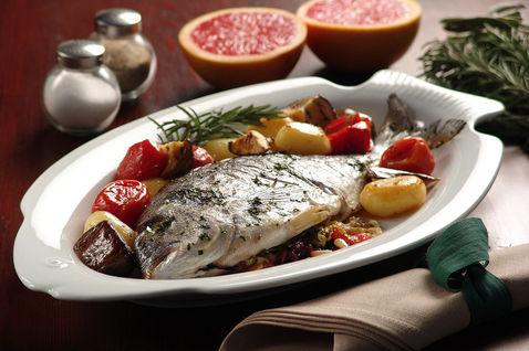 piatto-pronto-ingredienti-saliera-piatto-da-portata-forma-di-pesce_dettaglio_ricette_slider_grande3.jpg