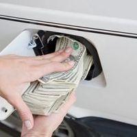 Betevő benzinünk: üzemanyagár vs. pénztárca