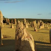 Mészkőtüskék a sivatagban és a legelszigeteltebb ausztrál város, Perth (Nagy Ausztrál körút, 7. hét, 05.12-05.18)
