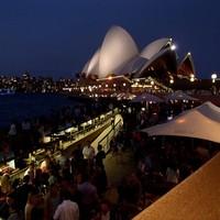 Az Előzmények, az Út és az első napok Ausztráliában - Budapest, Frankfurt, Szingapúr, Sydney (2013.10.16-18)