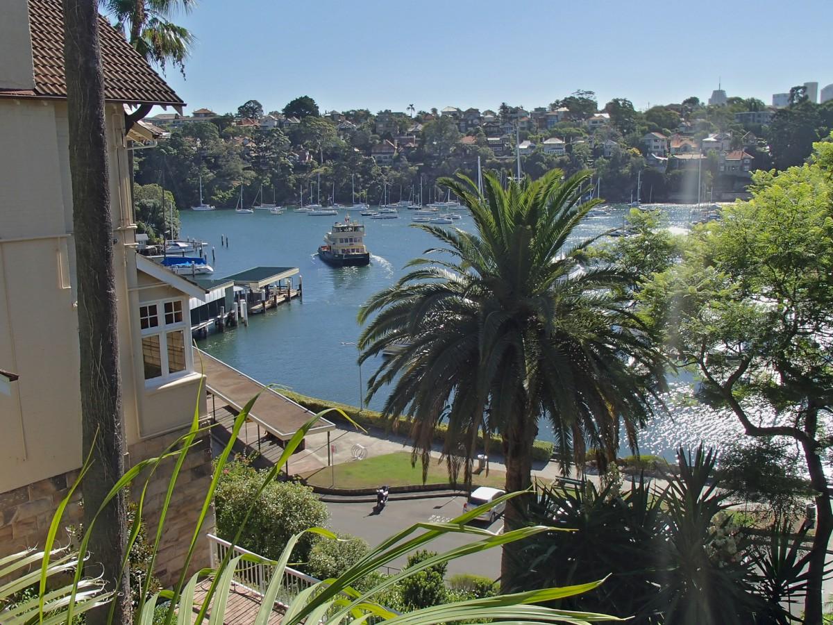 Gyalogút a kikötőbe.