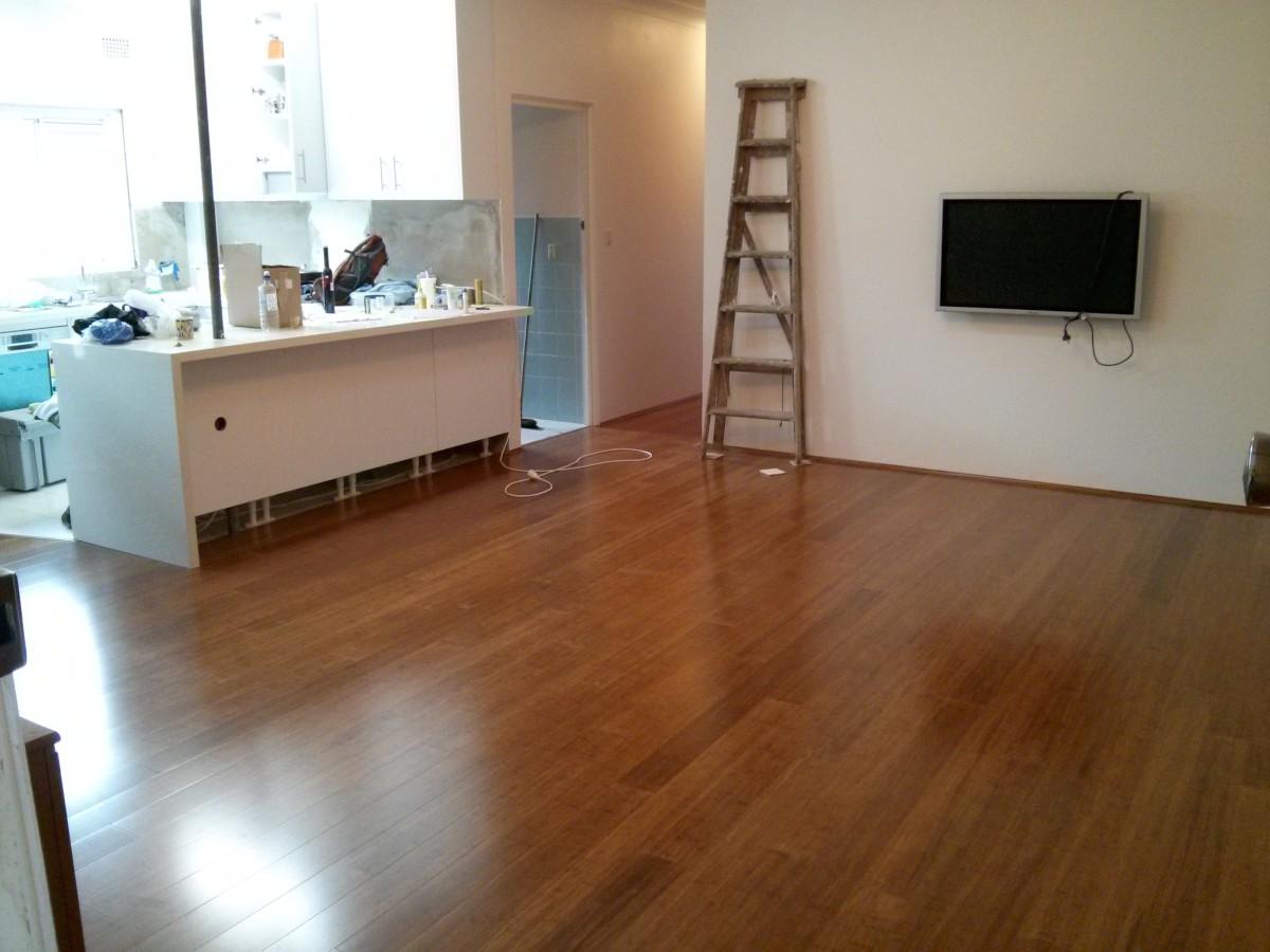 A padlólerakás nem egy könnyű meló, de legalább van látható, szép eredménye!