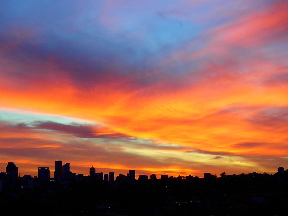 ... ez pedig a naplemente, szintén a lakásból.