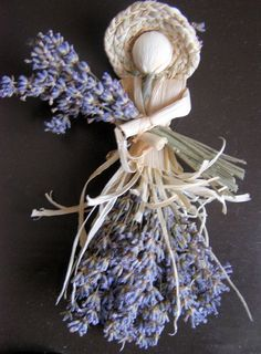 d20a7b5f683c7529e3bcd2b3336191f0--lavender-crafts-sachet.jpg