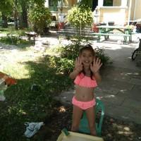 Megmenekült a hajléktalanságtól a súlyos szívbeteg kislány