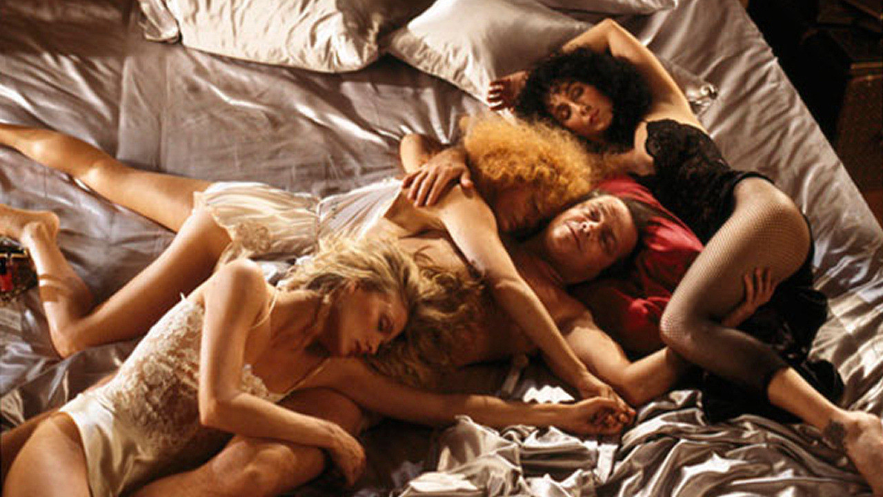 the-witches-of-eastwick-3.jpg