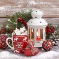 Egyszerű, filléres téli dekorációk pirosban