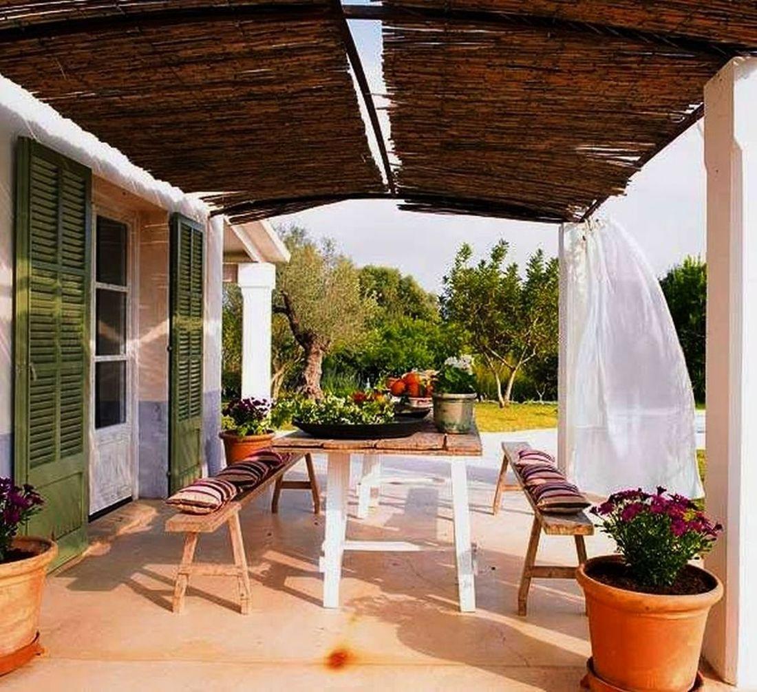 Romantikus vidéki hangulat a verandákon