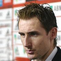 Klose rástartolt Zarate mezére