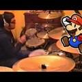 Super Mario játékzene eldobolása