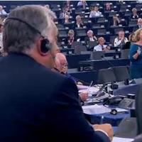 Akkorát hazudott, hogy kiröhögték Orbánt az Európai Parlamentben