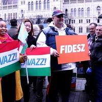 Özönölnek a határon túliak a magyarországi választásra