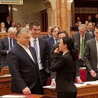 Breaking news: Magyarországon van ellenzék!