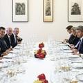 Kiállt-e Merkel Orbán mellett, vagy azért jött, hogy lenyúlja a pénzét?