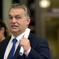 Orbán a Brexit-halasztás megvétózásával zsarolja az Uniót