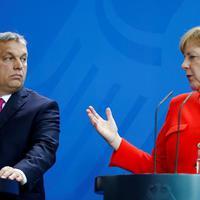Orbán akkorát füllentett a parlamentben, hogy beleremegett az ülésterem mennyezete