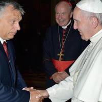 Gábor György: Magyar bölcsesség – pápai bornírtság