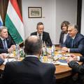 Putyin elküldte Orbánt Kijevbe, hogy Ukrajna felosztásáról tárgyaljon