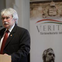 Vajon a Veritas is közre akar működni kollégáik ellehetetlenítésében?