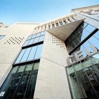 A CEU feladta, elköltözik Budapestről
