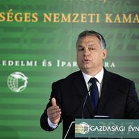 Csak Orbán képes egy rövid mondatban ennyiszer hazudni