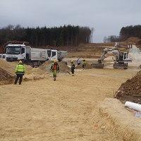 Mészáros Lőrincék csinálnak egy völgyet, hogy építhessenek fölé egy viaduktot