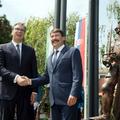 Hunyadi János karikatúrájának állított szobrot a Fidesz-kormány