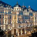 Egy nagykörúti luxushotelben rejtőzik Gruevszki