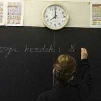 A kormány következetesen teszi tönkre az oktatást
