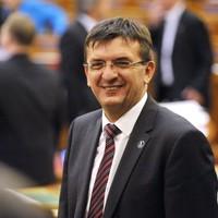 Csoda történt: az Állami Számvevőszék megint rendben találta a Fidesz gazdálkodását