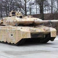 Tankokkal őrzi Orbán a néppárti helyét