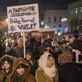 Ráküldheti a Fidesz a nácikat a tüntetőkre